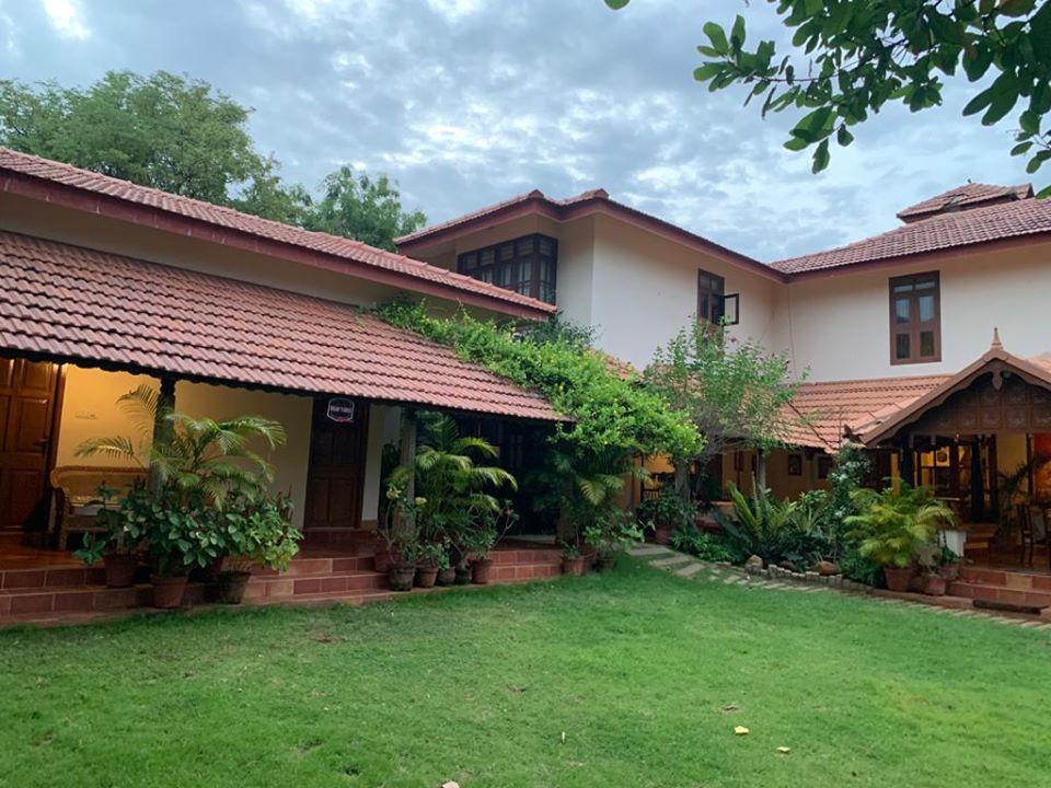 Luxury villa sale in ECR